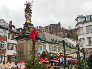 One of the small Xmas Markets scattered in the center of Heidelberg.