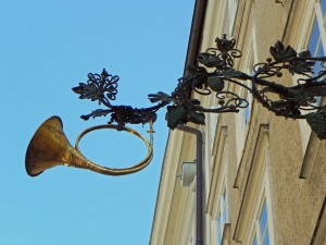 One of the many beautiful signs on the Getreldgasse.