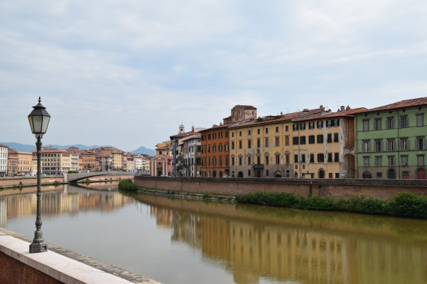 Along the Arno in Pisa.