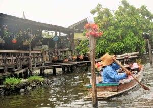 A canal vendor.