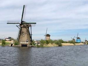 Kinderkijk historic windmills.